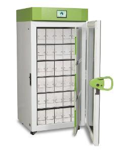 Upright ultra low temperature freezer with optional rack, SU780XLE